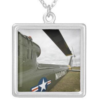 ワシントン州のオリンピア、軍隊airshow. シルバープレートネックレス