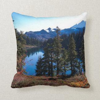 ワシントン州の景色、美しい自然 クッション