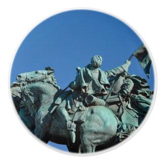 ワシントン州DC_の内戦の兵士の彫像 セラミックノブ