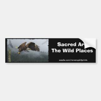 ワシ、カラス、トーテムポール及び霧深い森林ギフト バンパーステッカー