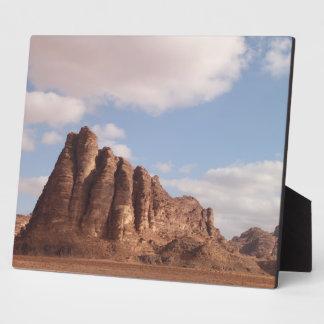 ワジのラム酒の砂漠のプラク フォトプラーク