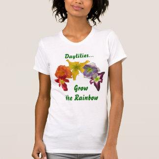 ワスレグサは虹を育てます Tシャツ