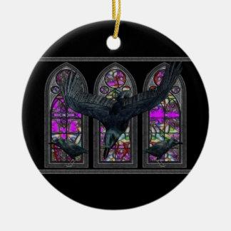 ワタリガラスのゴシック様式デジタル芸術の円形のオーナメント セラミックオーナメント