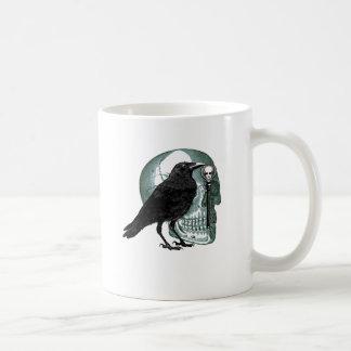 ワタリガラスのスカルおよび合い鍵 コーヒーマグカップ