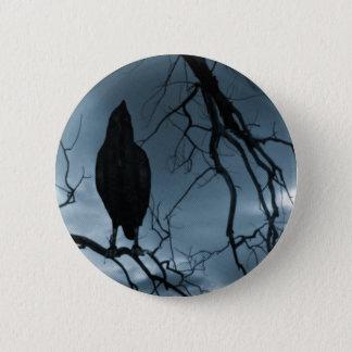 ワタリガラス- Nevermore太陽光線及び木の青 5.7cm 丸型バッジ
