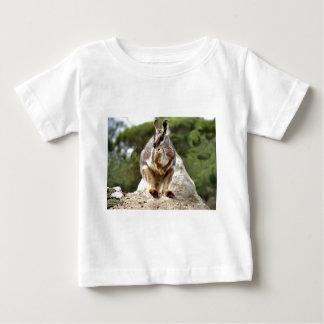 ワラビー ベビーTシャツ