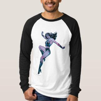 ワンダーウーマンのカラフルな姿勢 Tシャツ