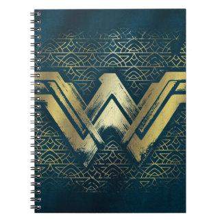 ワンダーウーマンのブラシをかけられた金ゴールドの記号 ノートブック