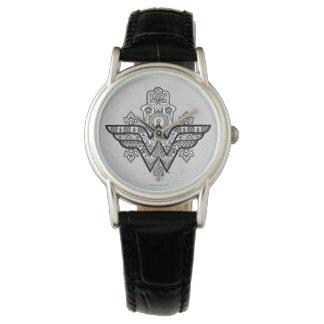 ワンダーウーマンの精神的なペイズリーのHamsaのロゴ 腕時計