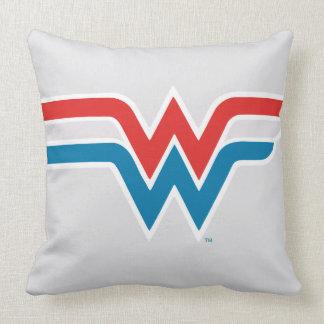 ワンダーウーマンの赤く白くおよび青のロゴ クッション