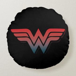ワンダーウーマンの赤く青い勾配のロゴ ラウンドクッション