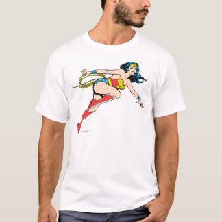 ワンダーウーマンの跳躍の権利 Tシャツ