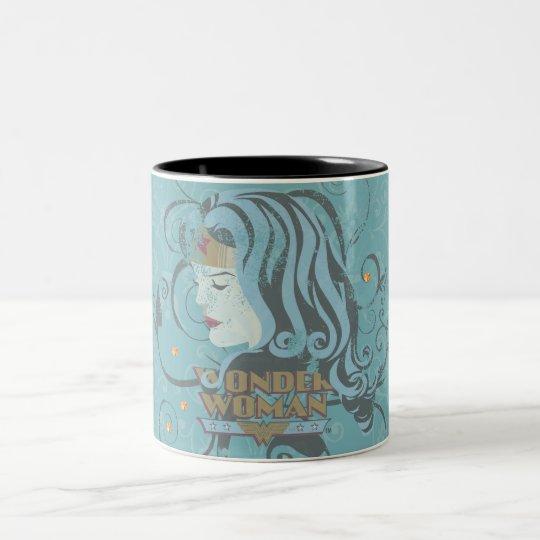 ワンダーウーマンの青の背景 ツートーンマグカップ