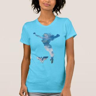 ワンダーウーマンの青空のシルエット Tシャツ