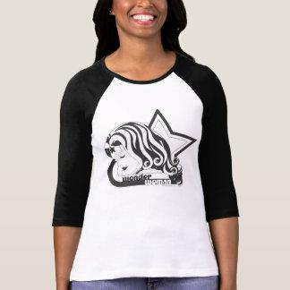 ワンダーウーマンB&Wの星 Tシャツ