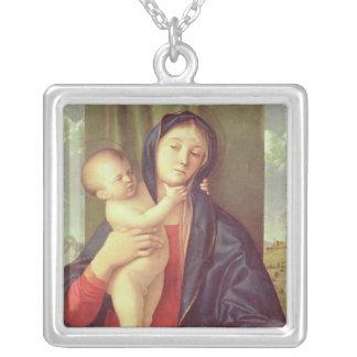 ヴァージンおよび子供、c.1487 シルバープレートネックレス