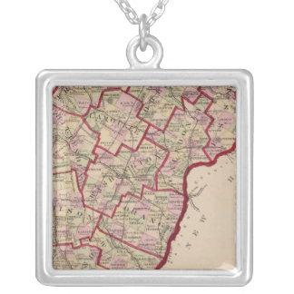 ヴァーモントの地図 シルバープレートネックレス