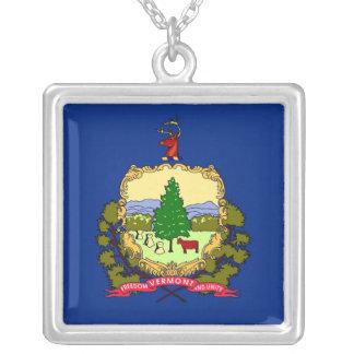 ヴァーモントの旗が付いているエレガントなネックレス シルバープレートネックレス