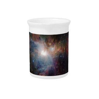 ヴィスタのオリオンの星雲の赤外線眺め ピッチャー