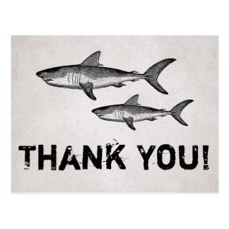 ヴィンテージのお母さんおよびベビーの鮫の海のビーチは感謝していしています ポストカード