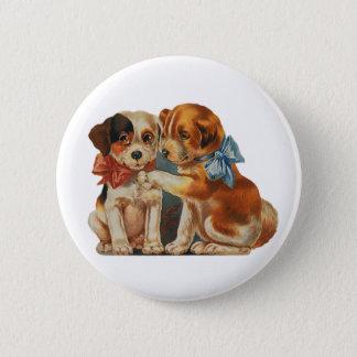 ヴィンテージのかわいいバレンタインの初恋、2匹の犬の雑種犬 缶バッジ