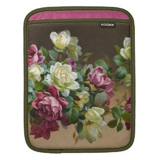 ヴィンテージのばら色の花束のファインアート iPadスリーブ