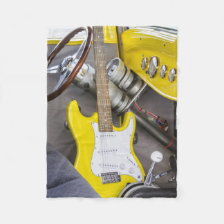 ヴィンテージのアンティークおよび黄色のギターは改造しました フリースブランケット