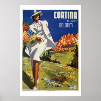 ヴィンテージのイタリアンなアルプスのコルティナの夏旅行 ポスター