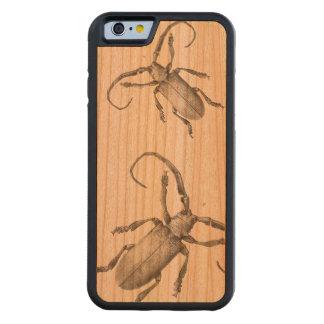 ヴィンテージのカブトムシの絵の例 CarvedチェリーiPhone 6バンパーケース
