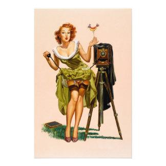 ヴィンテージのカメラのピンナップの女の子 便箋