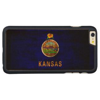 ヴィンテージのカンザスのグランジな州の旗 CarvedメープルiPhone 6 PLUS スリムケース