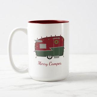 ヴィンテージのキャンピングカーのクリスマスの休日のマグ ツートーンマグカップ
