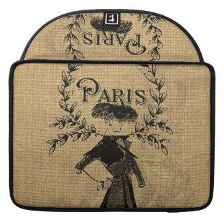 ヴィンテージのクラシックなパリの女性 MacBook PROスリーブ
