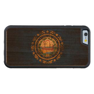ヴィンテージのグランジなニューハンプシャーの旗 CarvedチェリーiPhone 6バンパーケース