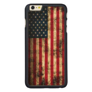 ヴィンテージのグランジな米国旗 CarvedメープルiPhone 6 PLUS スリムケース