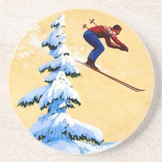 ヴィンテージのスキーポスター、スキージャンパーおよび松の木 コースター