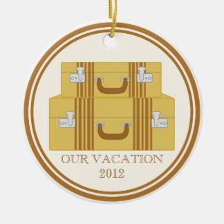 ヴィンテージのスーツケースの想い出の品 セラミックオーナメント