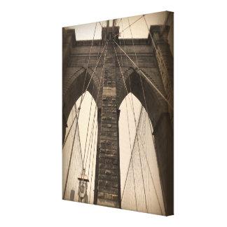 ヴィンテージのセピア色のブルックリン橋 キャンバスプリント
