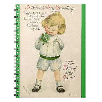 ヴィンテージのセントパトリックの挨拶のかわいく小さいブロンドの男の子 ノートブック