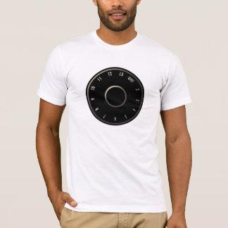 ヴィンテージのテレビVHFのダイヤルのTシャツ Tシャツ
