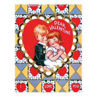 ヴィンテージのバレンタインの三角形およびハート ポストカード