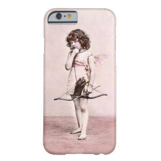 ヴィンテージのバレンタインの用心深いキューピッドのiphoneの場合 barely there iPhone 6 ケース