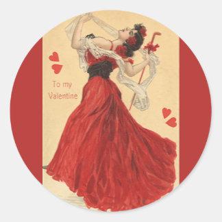 ヴィンテージのバレンタインデー、踊る女性赤いハート ラウンドシール
