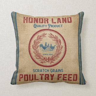 ヴィンテージのバーラップの家禽は袋を食べ物を与えます クッション