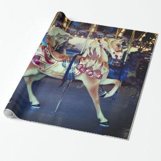 ヴィンテージのパステル調のメリー写真円形の回転木馬の行きます ラッピングペーパー