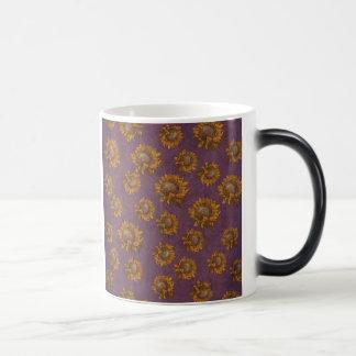 ヴィンテージのヒマワリのプラム紫色の素朴なヒマワリ モーフィングマグカップ