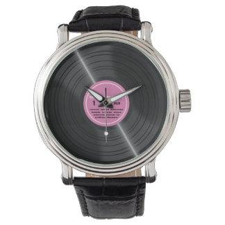 ヴィンテージのピンクのレコードのアルバムレトロの腕時計 リストウォッチ