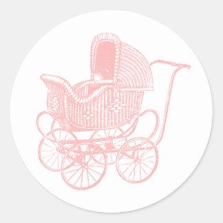 ヴィンテージのピンクの乳母車のベビーシャワー ラウンドシール