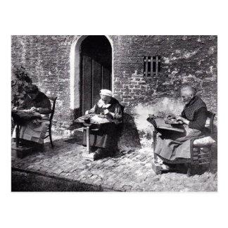 ヴィンテージのブリュージュベルギーのレースメーカー(老婦人) ポストカード