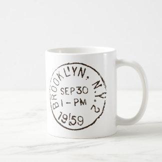 ヴィンテージのブルックリンのnycのニューヨークシティのトレンディーの郵便料金 コーヒーマグカップ